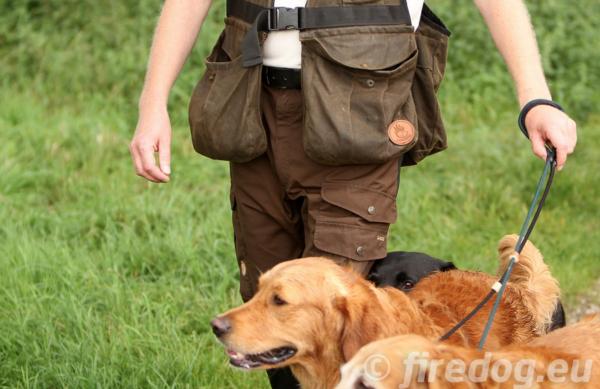 Firedog - Waxed Cotton Dummyweste Hunter Braun
