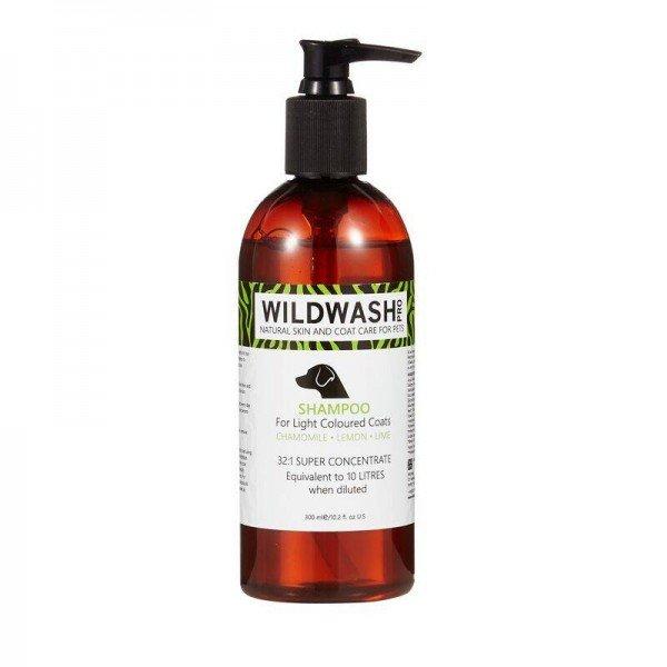 Pro - Shampoo For Light Coloured Coats 300 ml