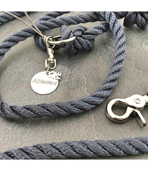 Tauleine - Marine Klassik meets Grey Leather